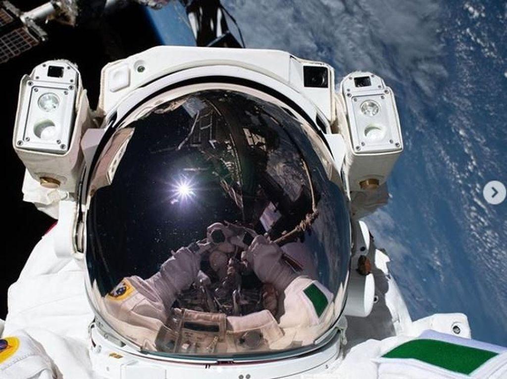Ini Cara Astronaut Sholat di Luar Angkasa