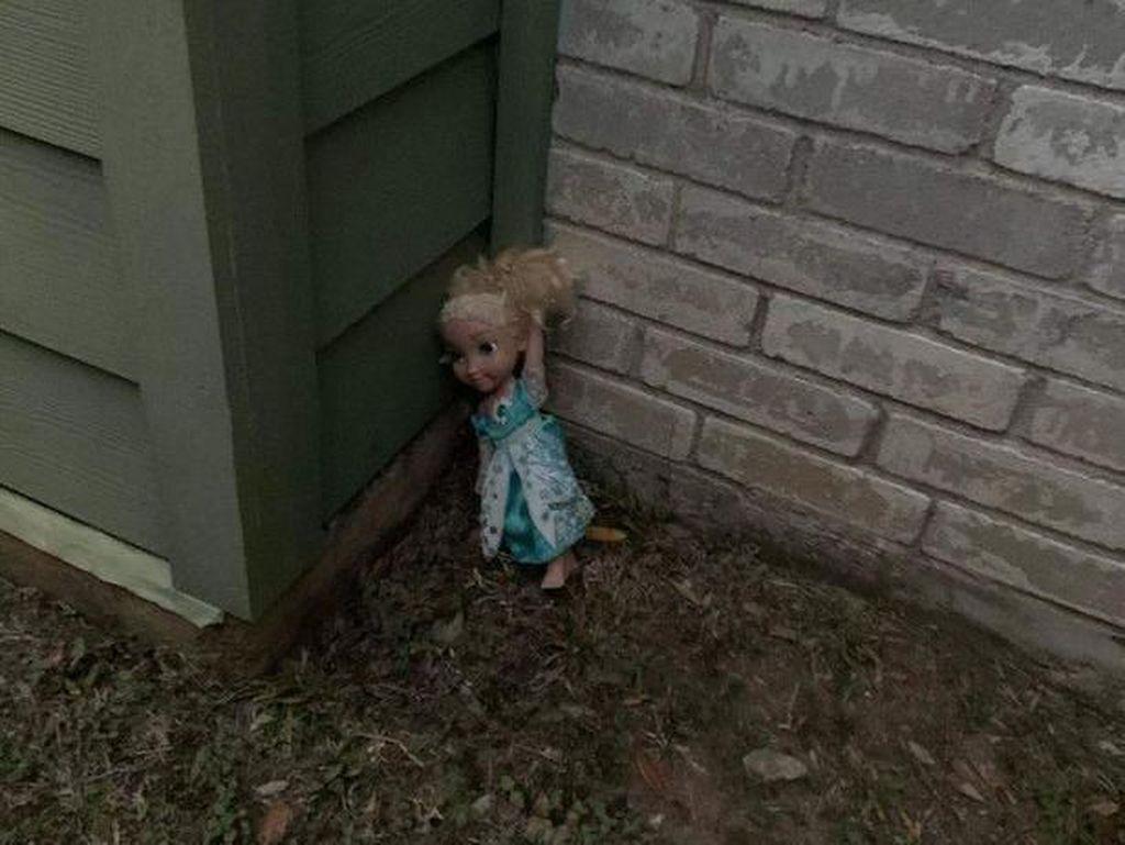 Kisah Boneka Hantu, Dibuang 2 Kali tapi Bisa Balik Lagi