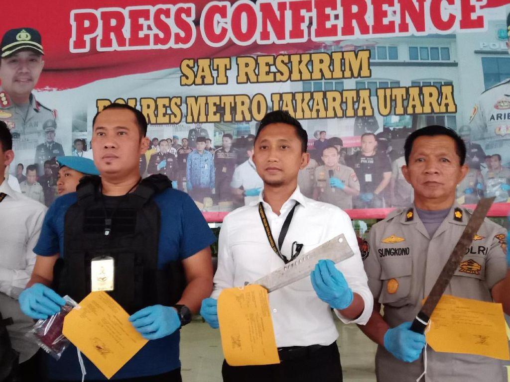 2 Remaja Pemalak Sopir Truk di Jakut Dibekuk Polisi