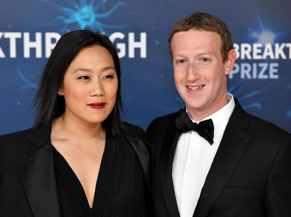 Duh, Keluarga Mark Zuckerberg Ikut Jadi Sasaran Rasisme
