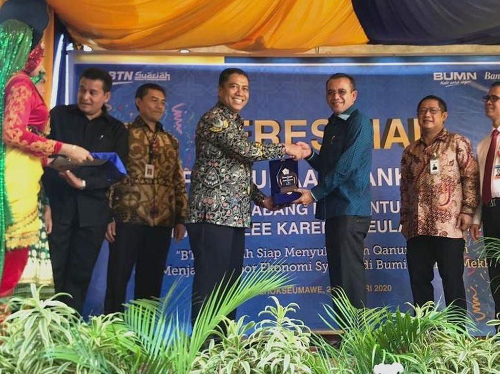 Sambut Qanun Aceh, Bank Konvensional Beralih ke Syariah