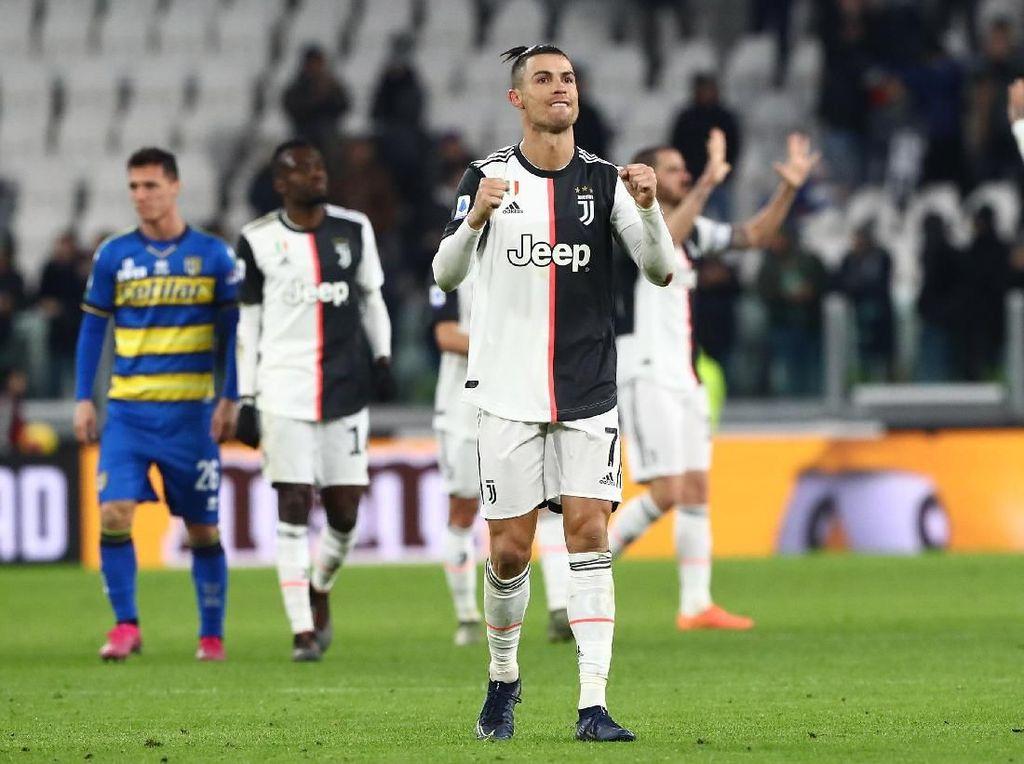 Video 2 Gol Ronaldo ke Gawang Parma