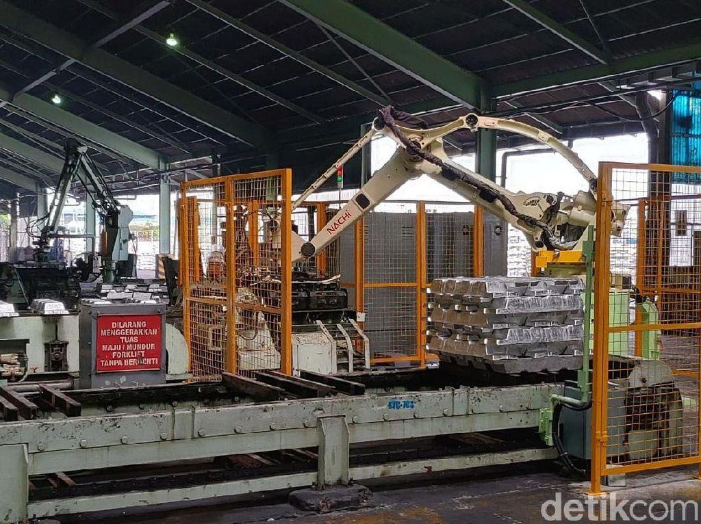 Mengintip Markas Produsen Aluminium Terbesar RI