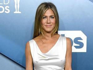 Wajah Jennifer Aniston Tak Dikenali Saat Tampil Virtual di Emmy Awards
