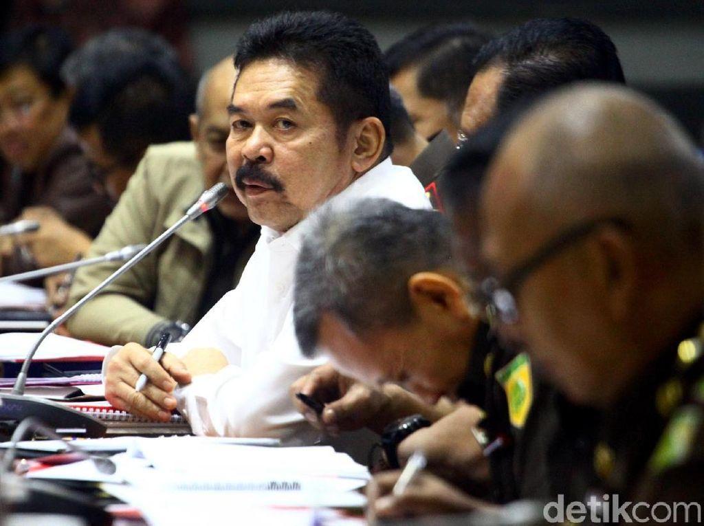Anggota DPR Tanya Tuntutan 1 Tahun Penyerang Novel, Ini Jawaban Jaksa Agung