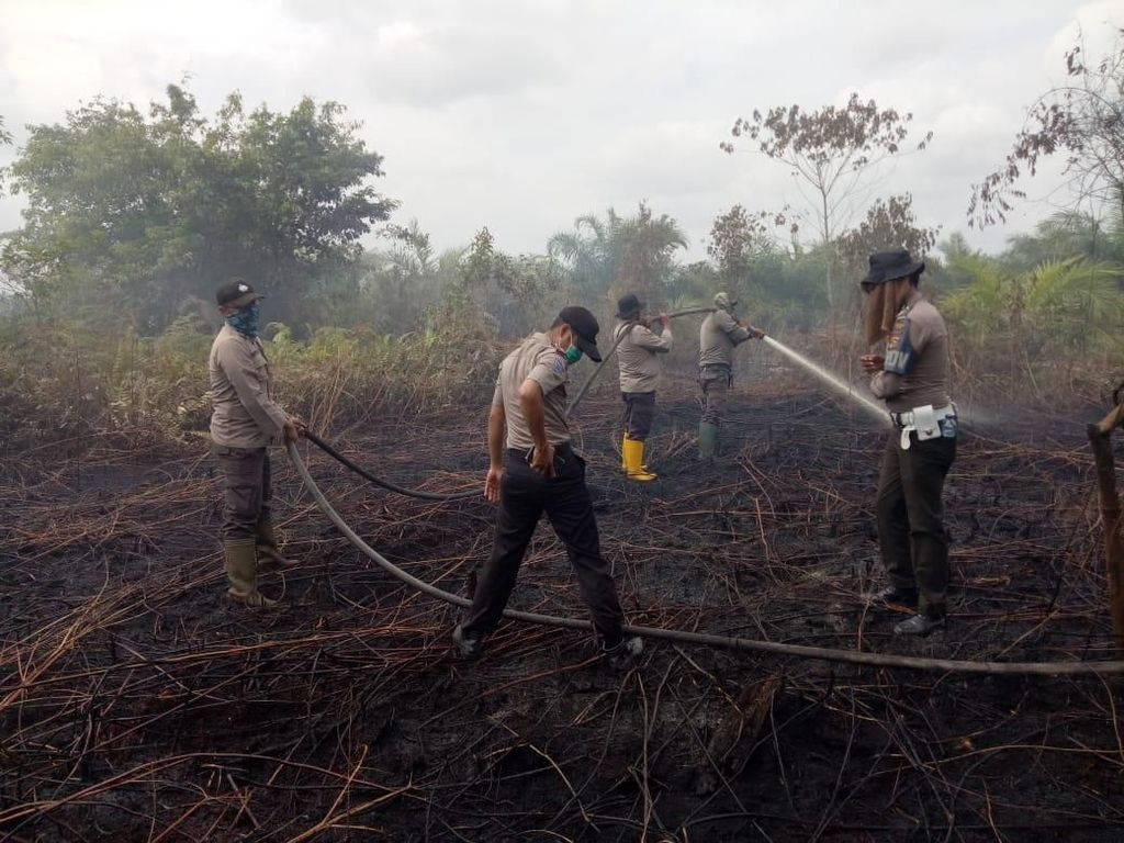 Lalai Tangani Karhutla, Kapolsek di Riau Dicopot