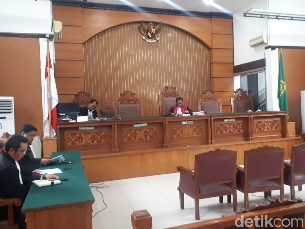 Praperadilan Eks Sekretaris MA Nurhadi cs Ditolak, Status Tersangka Sah