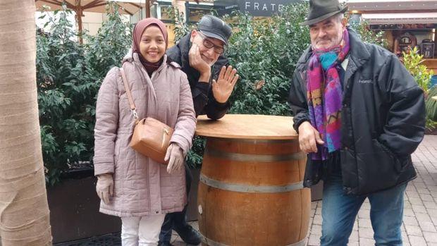 Risqi Prasetiasih dan keluarganya di Italia