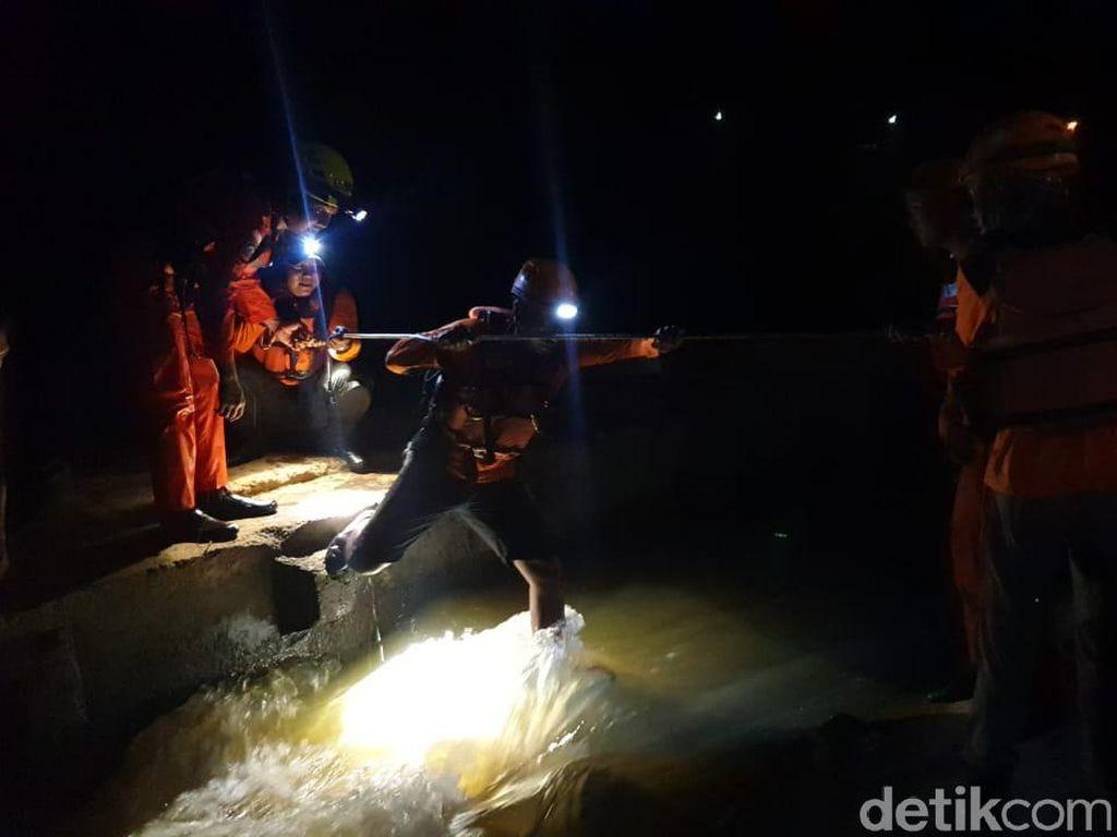 2 Remaja Terpeleset Saat Cari Ikan di Sungai Progo, 1 Masih Hilang