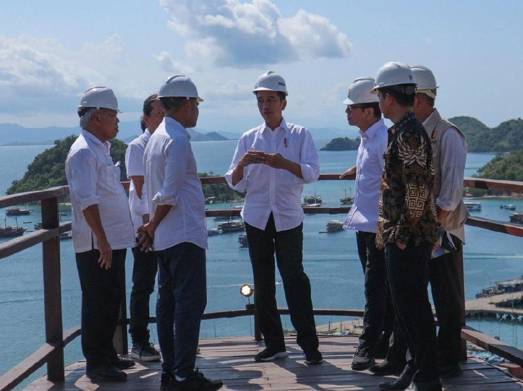 Momen Jokowi Kunjungi Puncak Waringin di Labuan Bajo