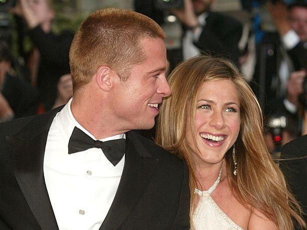 Jennifer Aniston dan Brad Pitt Kembali Menjauh, Gara-gara Angelina Jolie?