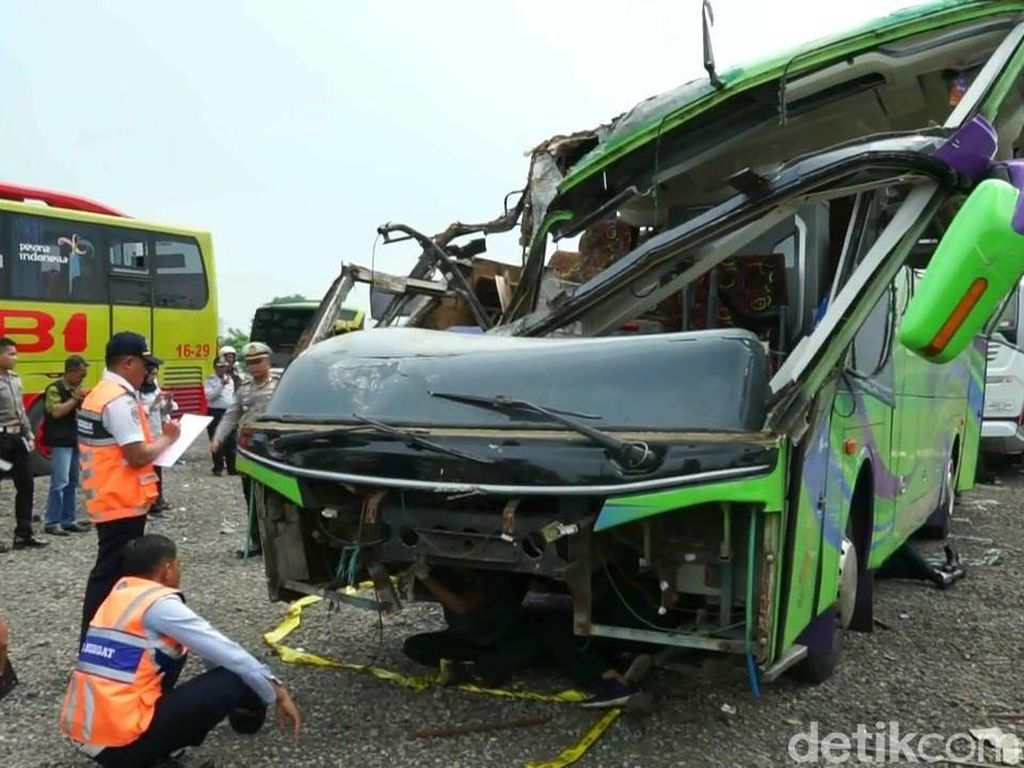 Bus Maut Tewaskan 8 Orang di Ciater Subang, Polisi Panggil PO Bus?