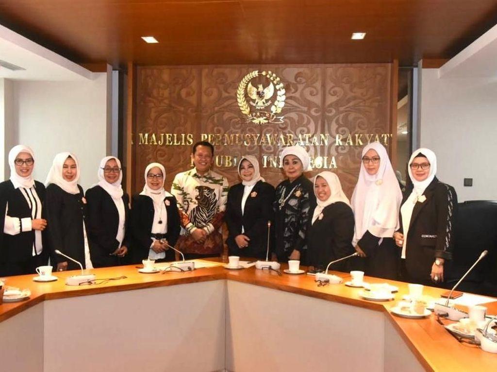 Soal Partisipasi Perempuan, Ketua MPR: RI Masih Kalah dengan Filipina