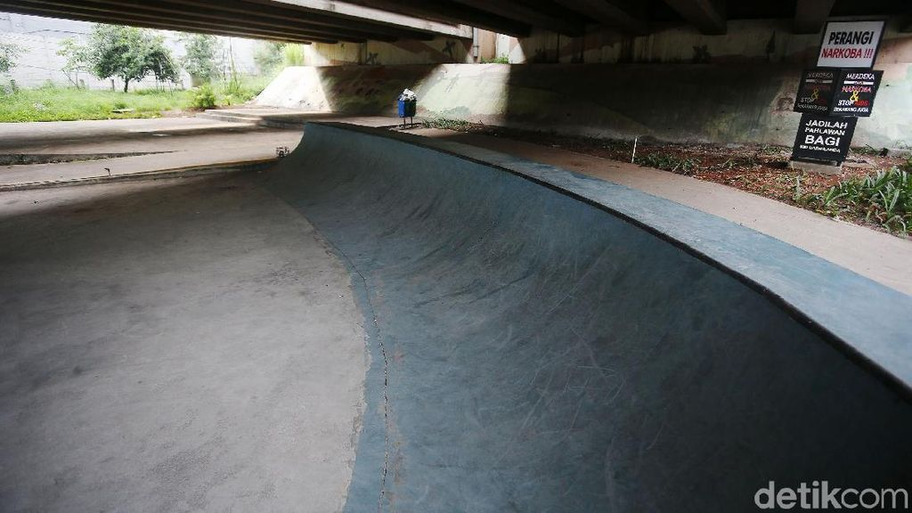 Asyik... Kolong Tol Jatiasih Dibangun Skatepark