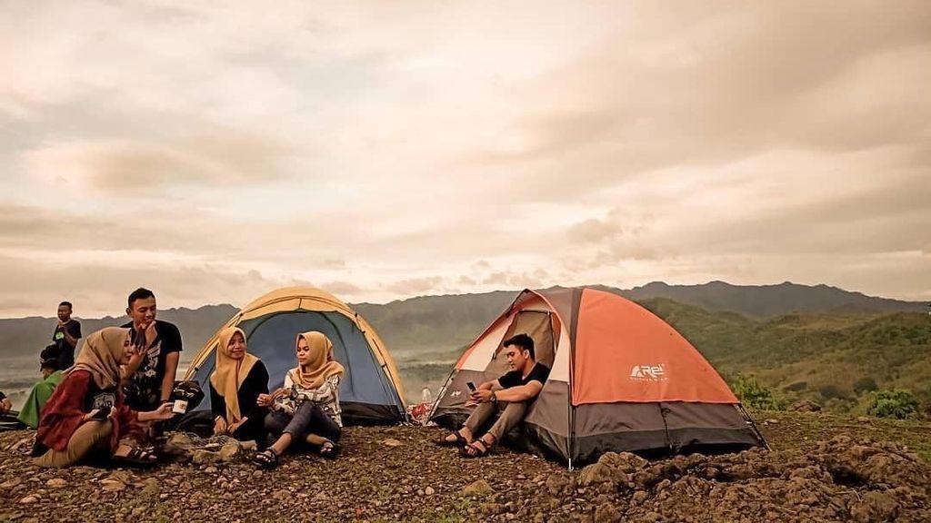 Foto: Tempat Kemping Instagramable di Ponorogo