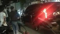 Jabar Hari Ini: Mobil SUV Lindas Pria-Sejoli Muda Hina Polantas Purwakarta