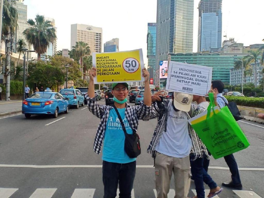 Dinilai Tak Ramah, Pembangunan JPO di DKI Ditolak Koalisi Pejalan Kaki