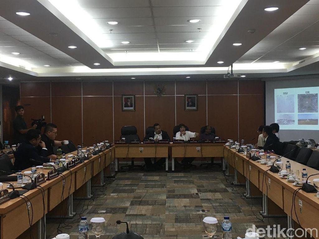 Dipanggil DPRD DKI, Pemprov Klarifikasi soal Penebangan Pohon di  Monas