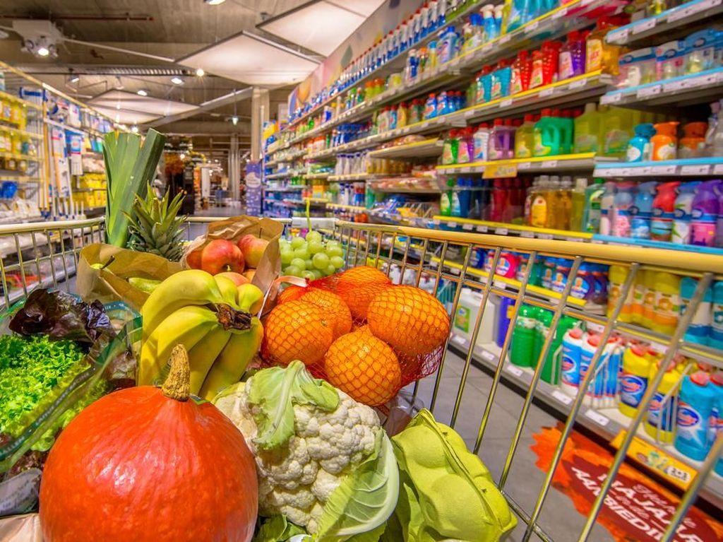 Inggris Lockdown, Supermarket Malah Untung Besar