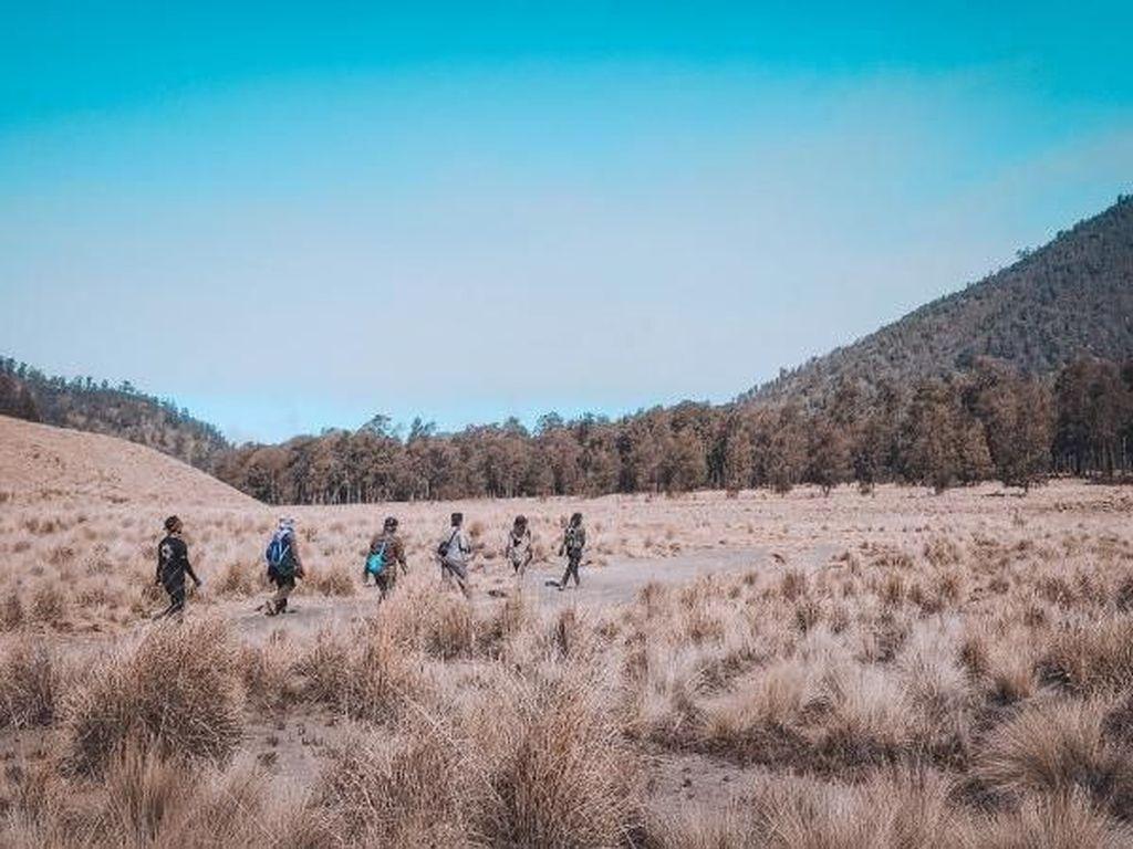 Agustusan Momen Tepat Kampanyekan Protokol Pendakian Gunung