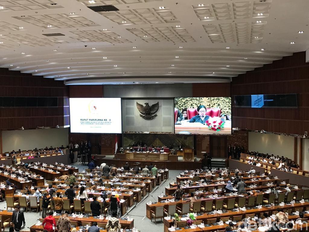 248 Anggota DPR Tak Hadiri Paripurna Penetapan Prolegnas Prioritas 2020