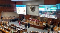 DPR Lantik 2 Anggota PAW Pengganti Menteri Kelautan dan Menpora