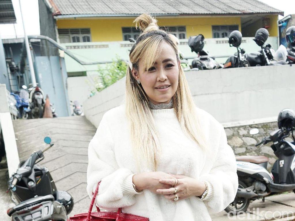 Pinkan Mambo Berduka, Ibundanya Meninggal Dunia