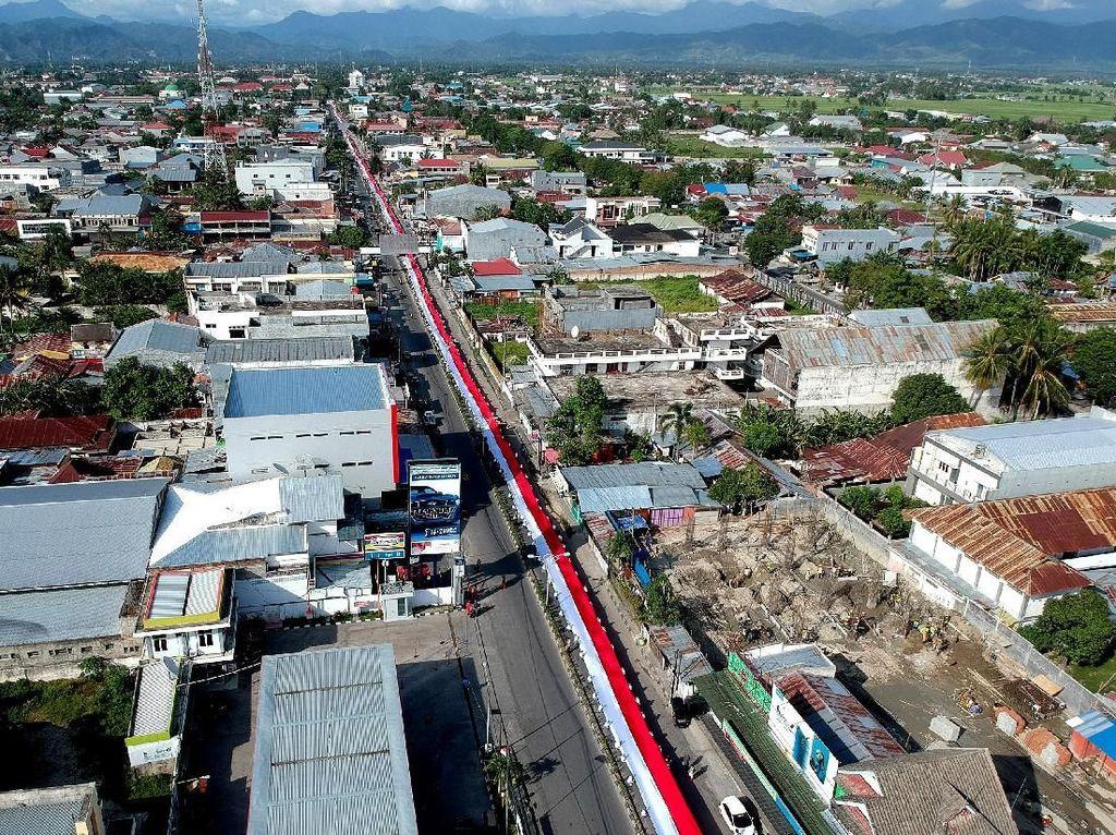 Gorontalo Punya Bendera Merah Putih 2.300 Meter Lho