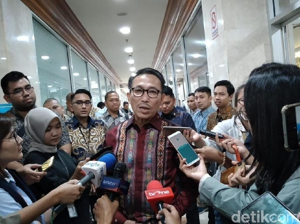 Ketua Komisi III soal Kriminal di Priok: Pak Yasonna, Hati-hati Lidahnya