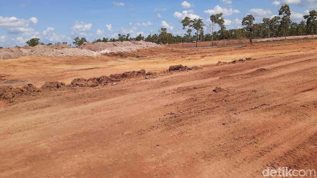 Melihat Pembangunan Sirkuit Tanah Miring untuk PON 2020