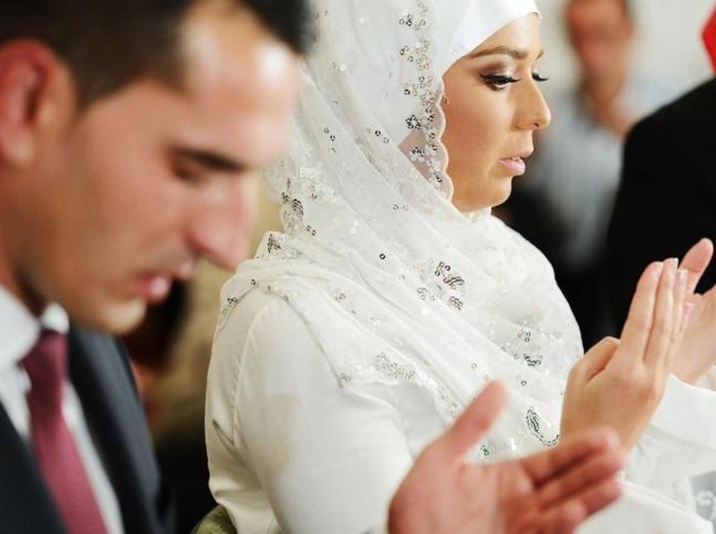 Lafadz Ijab Kabul Bahasa Arab untuk Akad Nikah