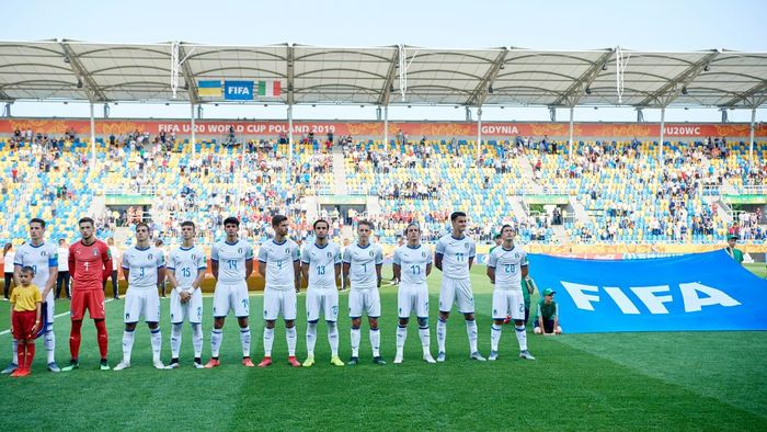 GDYNIA, POLAND - JUNE 11: Players of Italy U20 during the 2019 FIFA U-20 World Cup Semi Final match between Ukraine and Italy at Gdynia Stadium on June 11, 2019 in Gdynia, Poland. (Photo by Adam Nurkiewicz/Getty Images)