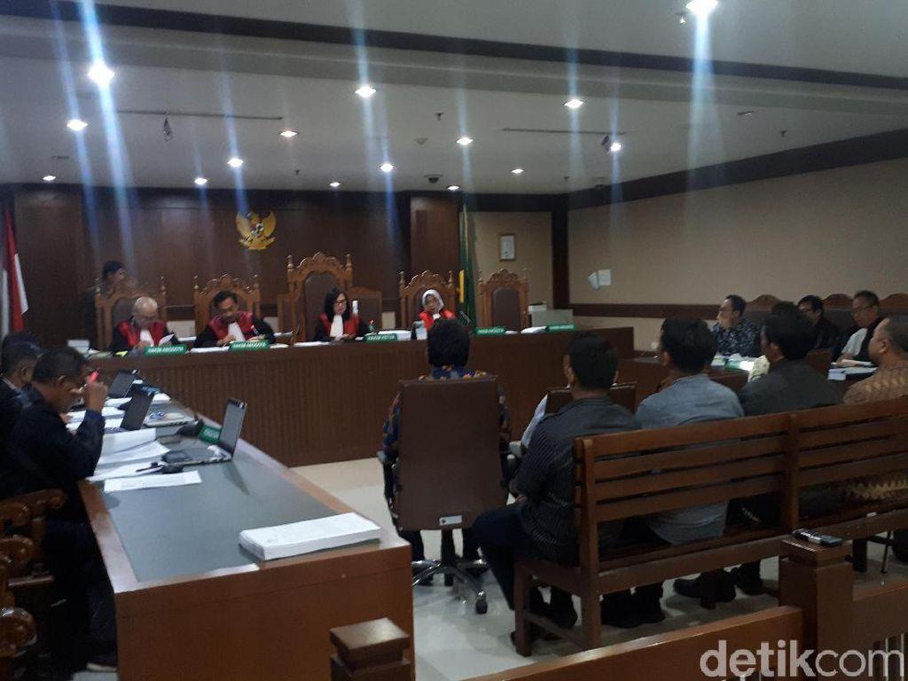 Jaksa Ungkap Tradisi Proyek Alkes di Sidang Wawan
