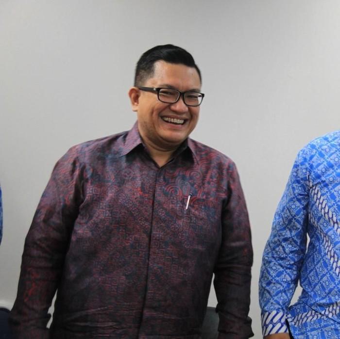 Foto: Donny Andy Saragih (kiri), Dirut baru Transjakarta (Dok. Istimewa)