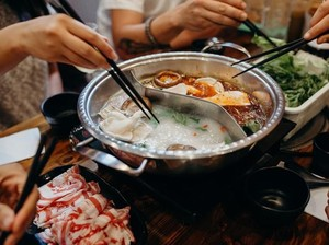 Hati-hati! Makan Hot Pot Berisiko Tularkan Virus Corona, Ini Faktanya