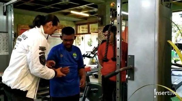 Metode latihan Ade Rai untuk Arya Permana