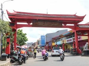 Dari Riau hingga Singkawang, Serunya Kulineran di 5 Kawasan Pecinan Ini