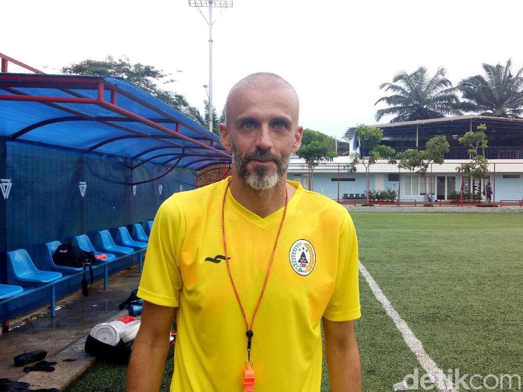 H-5 Jelang Kickoff Liga 1, Eduardo Perez Mundur dari PSS Sleman