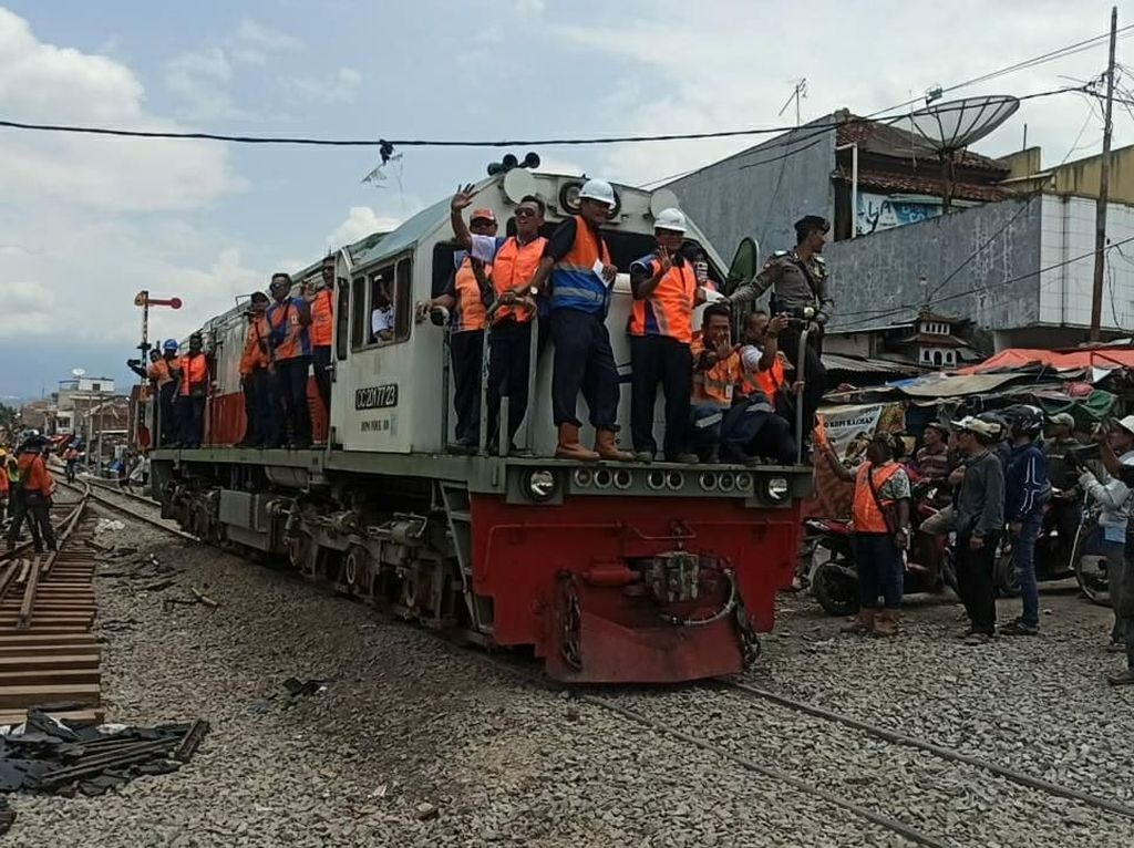 Sempat Mati Suri, Jalur KA Cibatu-Garut Diuji Coba Bulan Ini