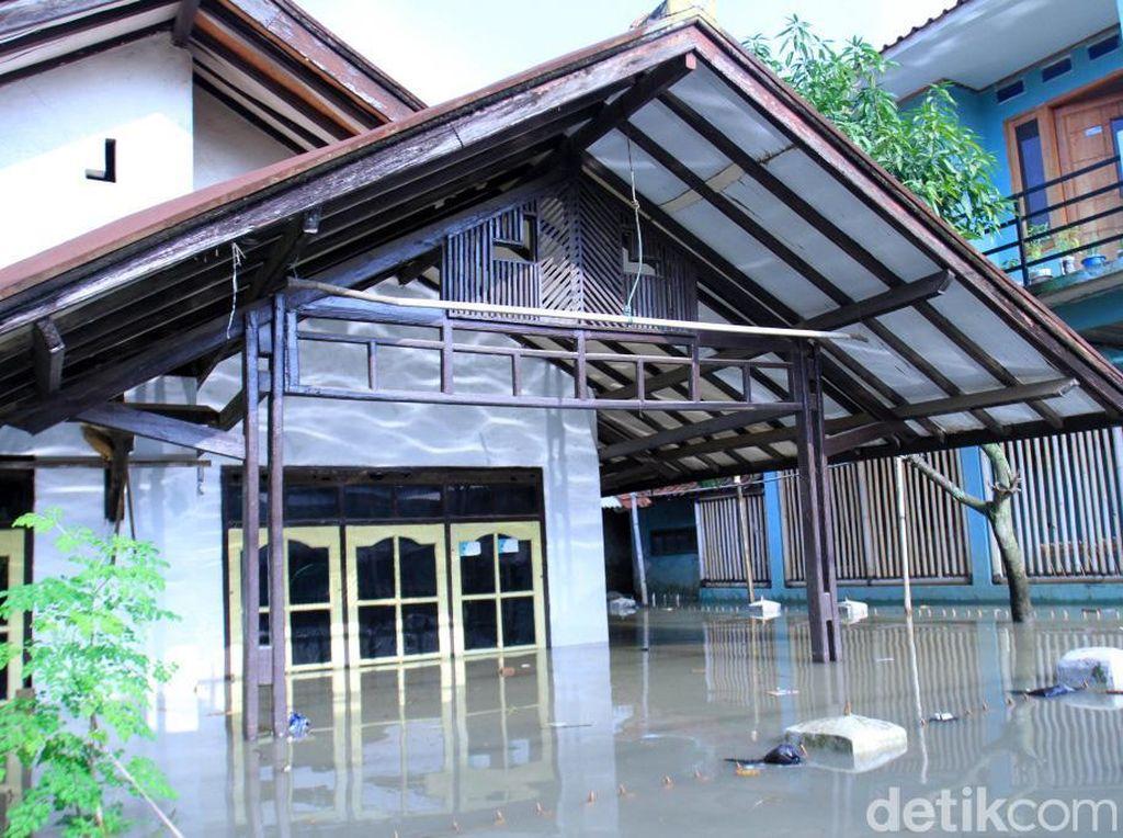 5 Kecamatan di Kabupaten Bandung Terendam Banjir, 193 Orang Mengungsi