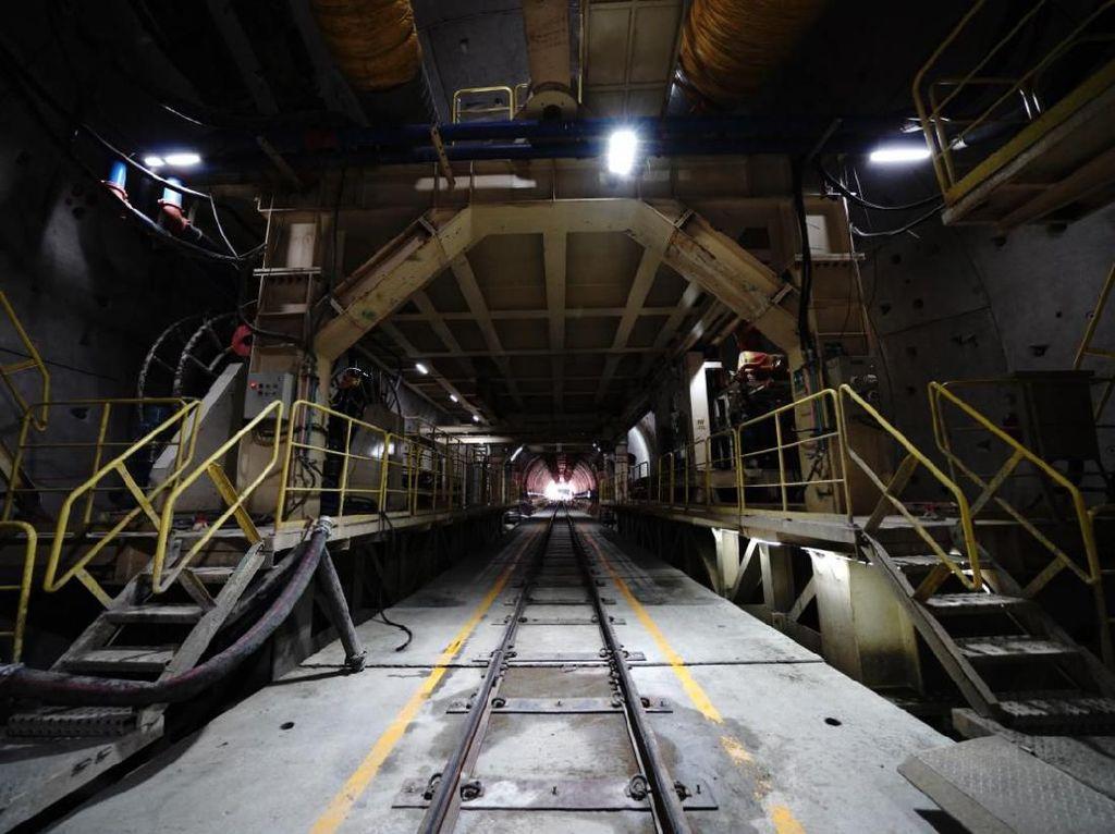Ada Sistem Persinyalan Baru di Kereta Cepat, KCIC Lapor Luhut