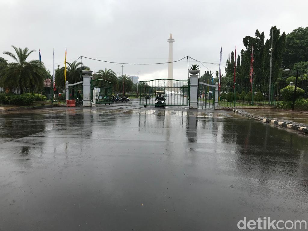 Genangan Air Bisa Sampai Depan Monas, Istana Aman?