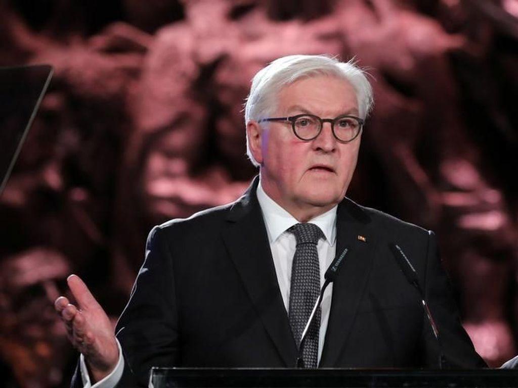 Presiden Jerman: Roh Jahat Nazi Kini Kembali dengan Jubah Baru