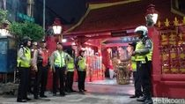 Jelang Sembahyang Imlek, 30 Kelenteng di Surabaya Dijaga Polisi