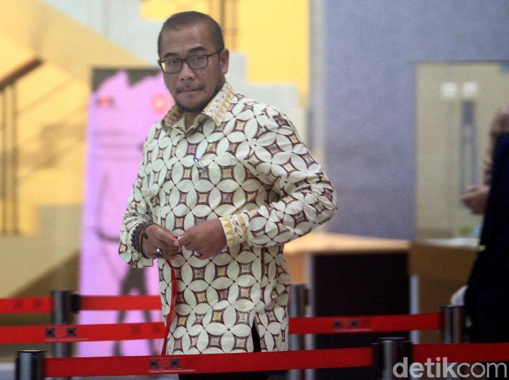 Usai Diperiksa KPK, Komisioner KPU Hasyim Jelaskan PAW Anggota DPR PDIP