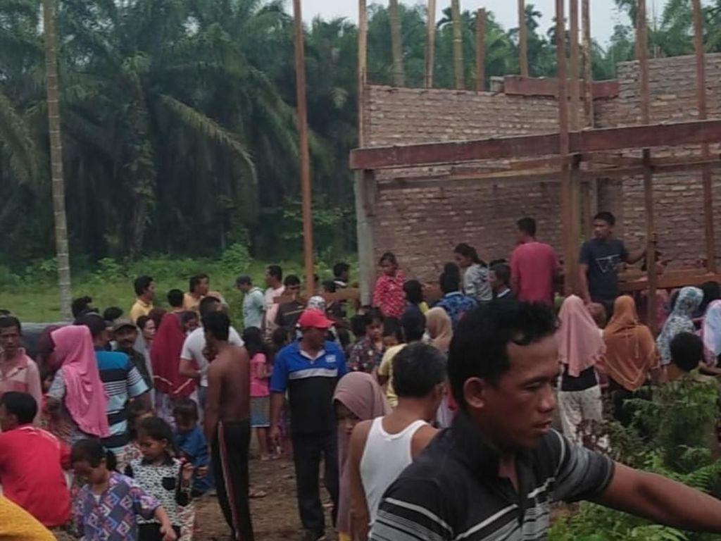 Seorang Pria Ditemukan Tewas Tergantung dalam Rumah Kosong di Labura Sumut