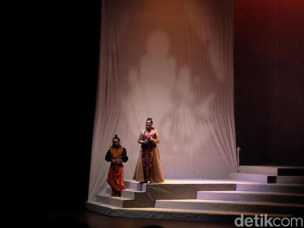 Jadi Ratu Bengis, Sha Ine Febriyanti Jaga Intensitas Fisik di Panggung