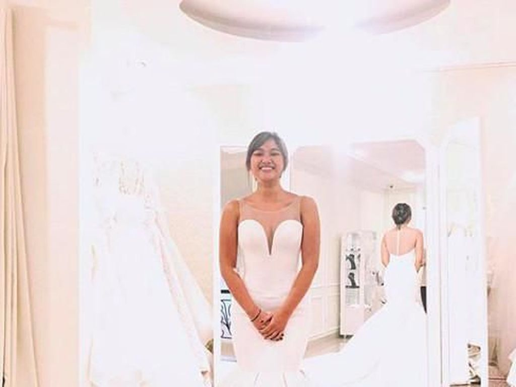 Jawaban Soal Kabar Marion Jola Segera Menikah