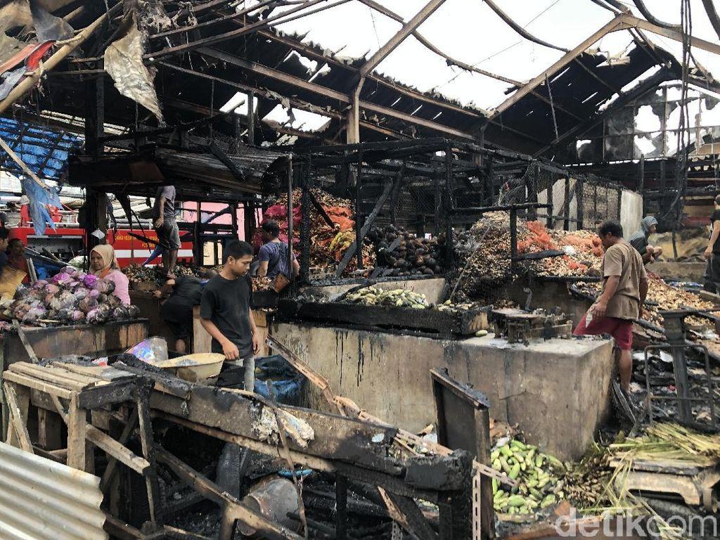 Ini Dugaan Sumber Api yang Hanguskan 48 Lapak di Pasar Caringin