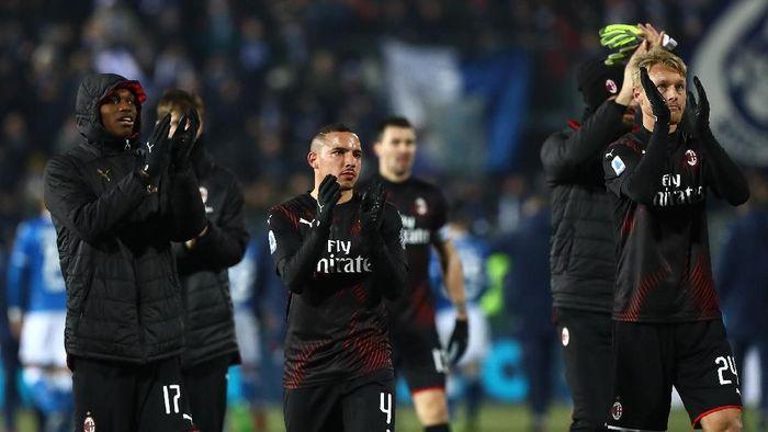 Pemain AC Milan merayakan kemenangan 1-0 atas Brescia di pekan ke-21 Liga Italia. (Foto: Marco Luzzani/Getty Images)